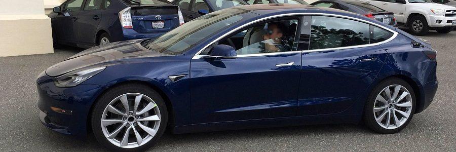 Tesla_model_3_prototype