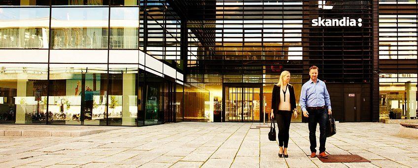 Skandia har endog meget høje administrationsomkostninger. P.t. er ejerne i Sverige tålmodige og håber på vækst, men spørgsmålet er, hvor længe det varer.